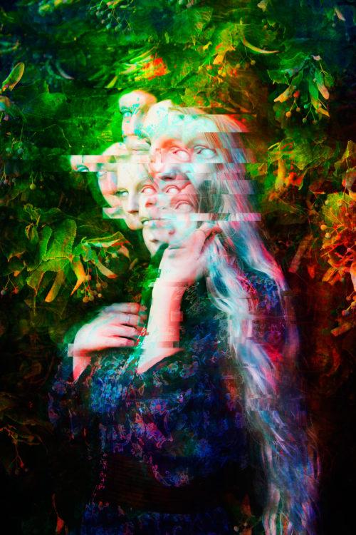 "[SEE]<br>Model : <u><a href=""https://www.instagram.com/sylvainemusic/"">Sylvaine</a></u><br><u><a href=""http://www.nihil.fr/product/see/"">Order a print</a></u>"