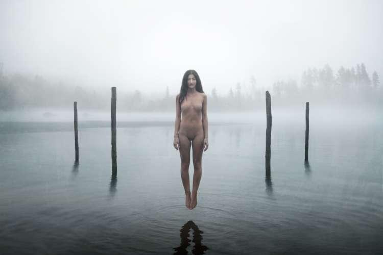 "[BEFORE THE WORLD]<br>Photo : <u><a href=""https://www.instagram.com/fotograflinneasyversen/"">Linnea Syversen</a></u>"